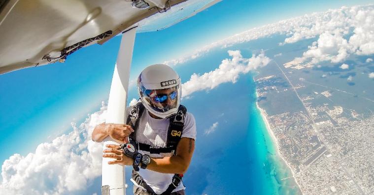 El personal con el que cuenta Skydive Playa del Carmen está completamente entrenado y licenciado
