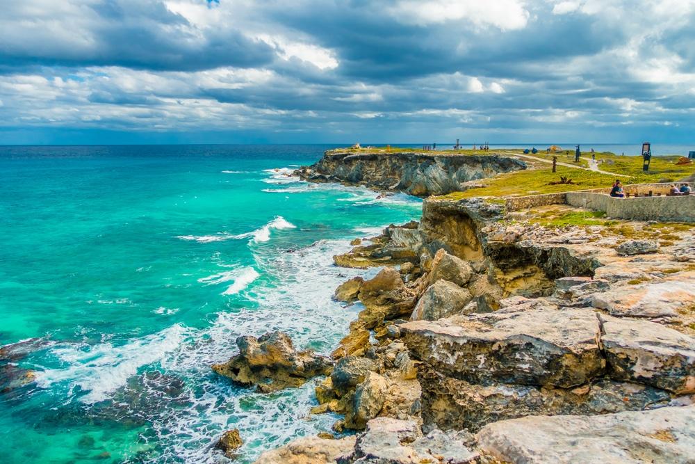 No puedes perder visitar el faro de Punta Sur en Isla Mujeres