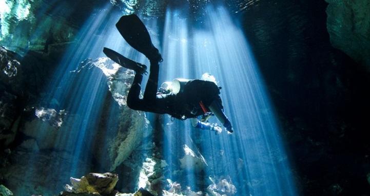 Buceo en cenote Chikin Ha