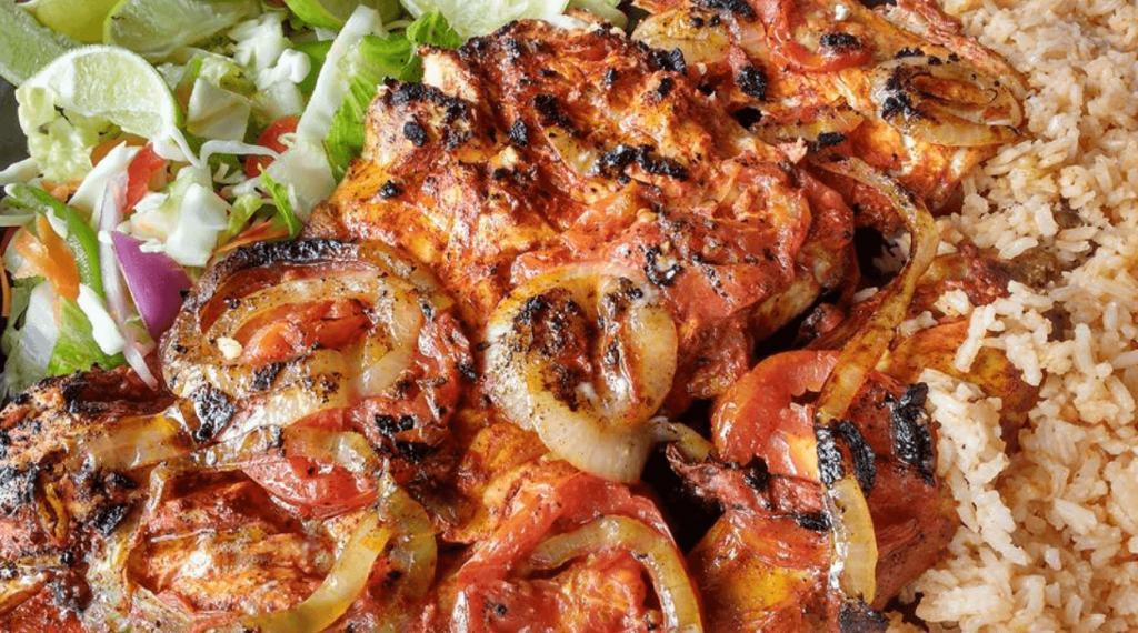 En cualquier lugar de la isla puedes degustar deliciosos platos.