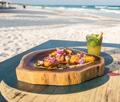 Ven a comer a Playa Paraiso Tulum