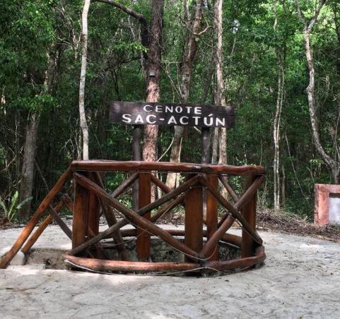 Entrada cenote sac actun